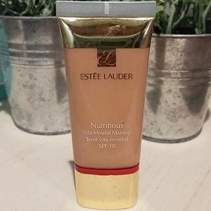 Estee Lauder Makeup - Estee Lauder nutritious mineral makeup
